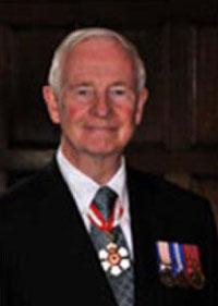Dr David Johnston